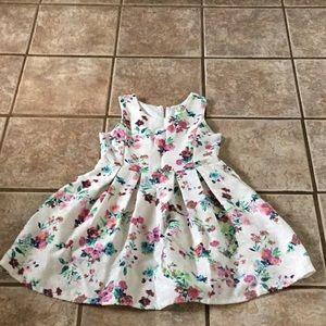 Girls size 12 sleeveless flower printed dress